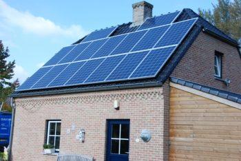 Realisatie 16 zonnepanelen REC te Neerpelt