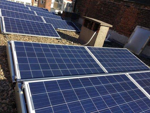 Realisatie 13 zonnepanelen REC 275 met SolarEdge omvormer te Antwerpen