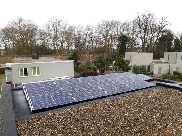 Realisatie 14 zonnepanelen REC 295 met SolarEdge omvormer te Neerpelt