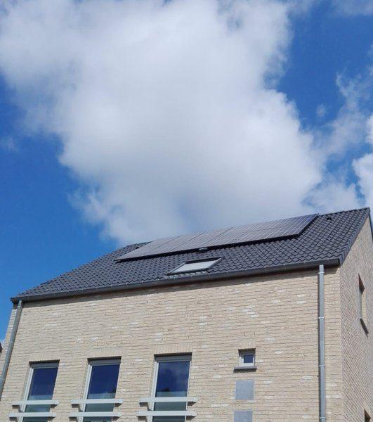 Realisatie 12 REC 320 N-Peak zonnepanelen met SMA omvormer SB2.0 te Boutersem