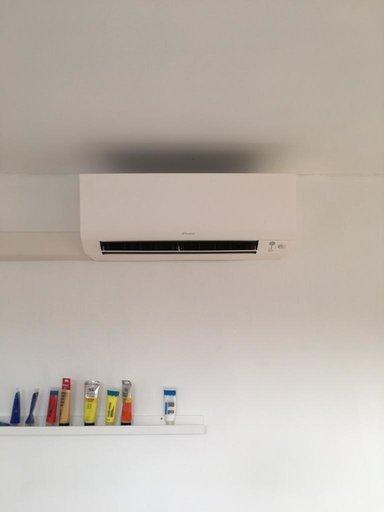 Realisatie Daikin Perfera airco warmtepomp luchtlucht bestaande uit 1 buitenunit en 4 binnenunits te Schoten