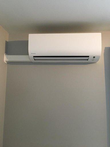 Realisatie Daikin airco warmtepomp luchtlucht bestaande uit 1 buitenunit en 2 binnenunits te Aarschot