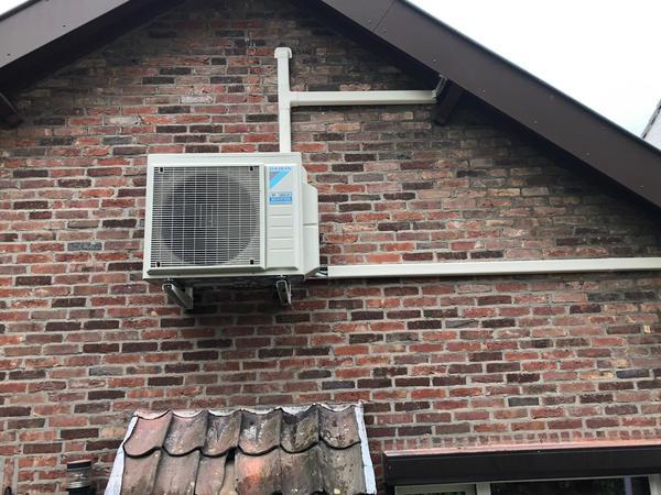 Realisatie Daikin Perfera - Emura airco warmtepomp luchtlucht bestaande uit 1 buitenunit en 3 binnenunits te Maastricht