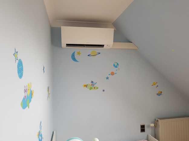 Realisatie Daikin Perfera aircowarmtepomp luchtlucht bestaande uit 4 binnenunits en 1 buitenunit te Lummen