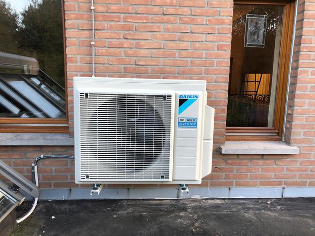 Realisatie Daikin Perfera - Stylish aircowarmtepomp luchtlucht bestaande uit 2 binnenunits en 1 buitenunit te Heverlee