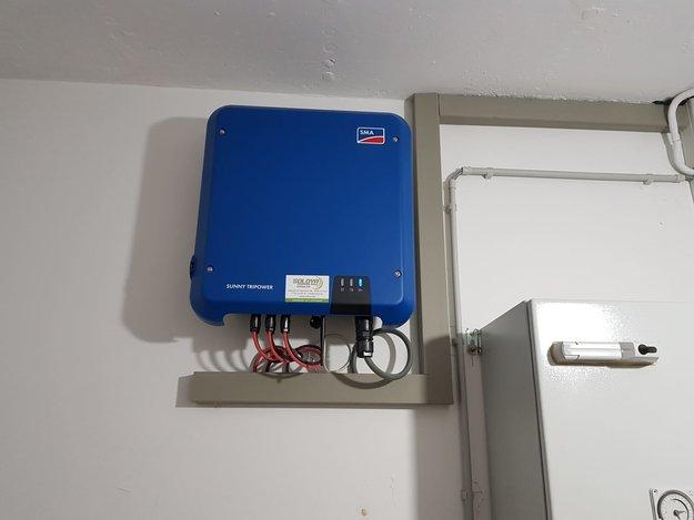 Realisatie 101 zonnepanelen REC 325 met 2x SMA STP10.0 te Beringen