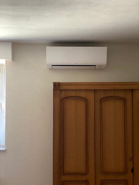 Realisatie Daikin multisplit aircowarmtepomp met 2 Perfera binnenunits te Hamont-Achel