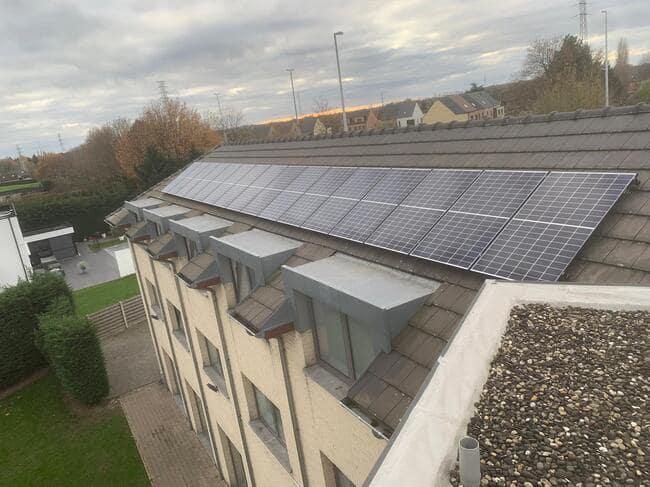 Realisatie 42x QCELLS zonnepanelen 350 met SMA omvormer STP10.0 te Lier