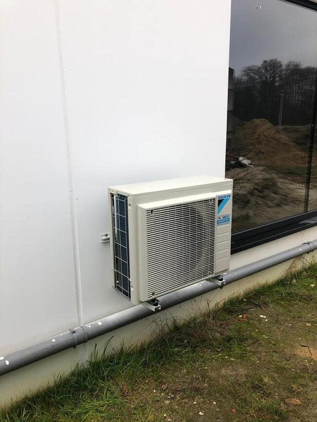 Realisatie Daikin aircowarmtepomp met Perfera + Stylish binnenunits te Houthalen-Helchteren