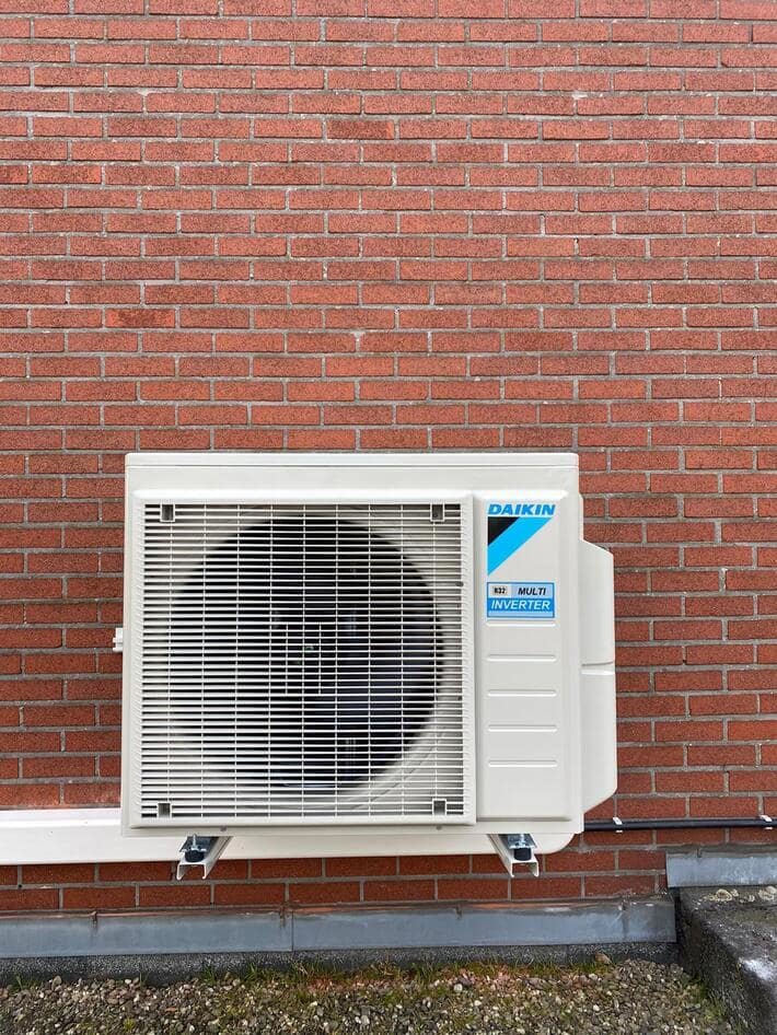 Realisatie Daikin multisplit  aircowarmtepomp met 3x Stylish binnenunits te Kapellen