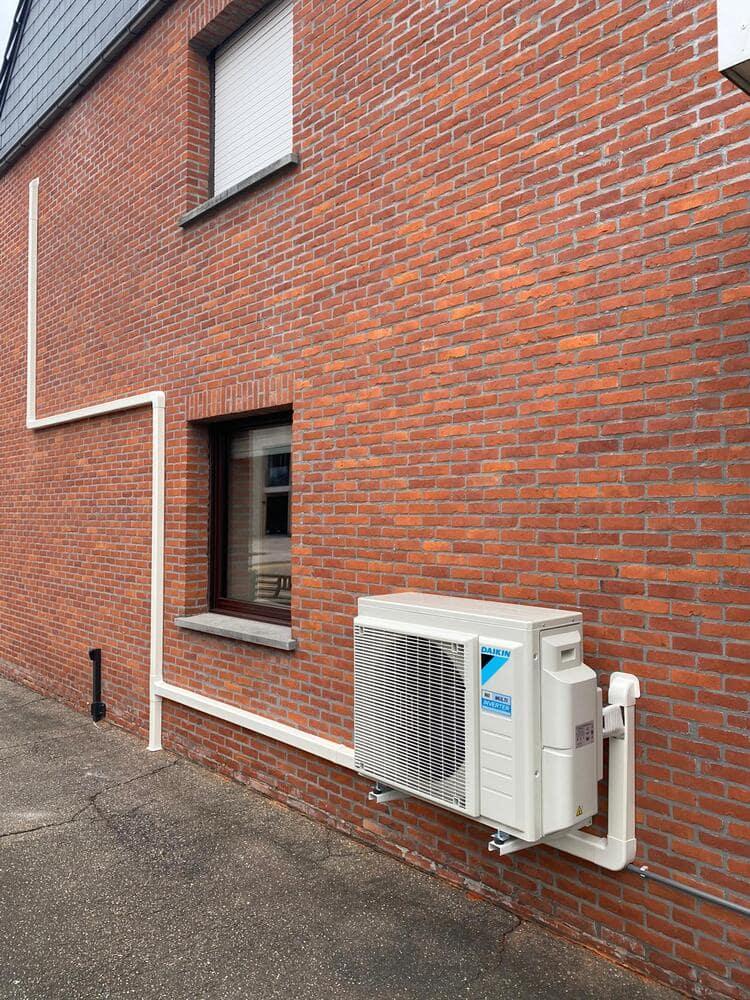 Realisatie Daikin multisplit aircowarmtepomp met 2 binnenunits Perfera te Mol