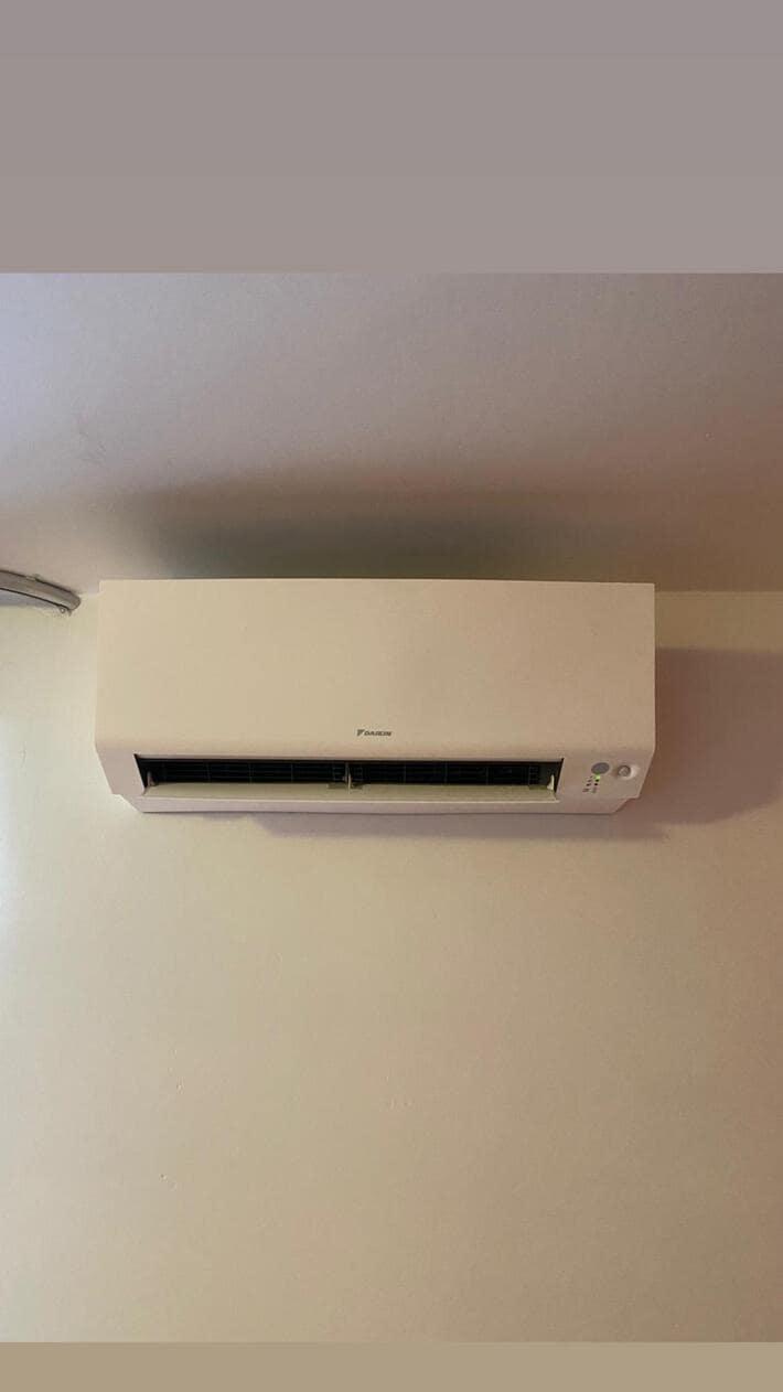 Realisatie Daikin multisplit aircowarmtepomp met 3 binnenunits Perfera + single split Perfera te Stevoort